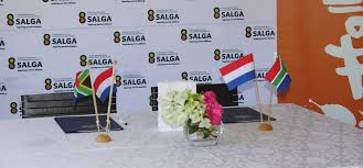Centre of Expertise hand over to SALGA 4